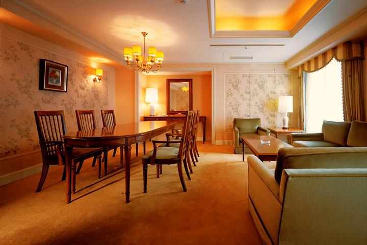 West Wing - Suite
