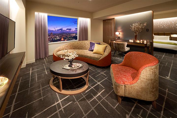 Suite 59m² Dining (Tower Floor)