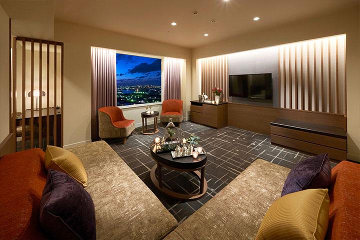 Suite 65m² Dining (Tower Floor)