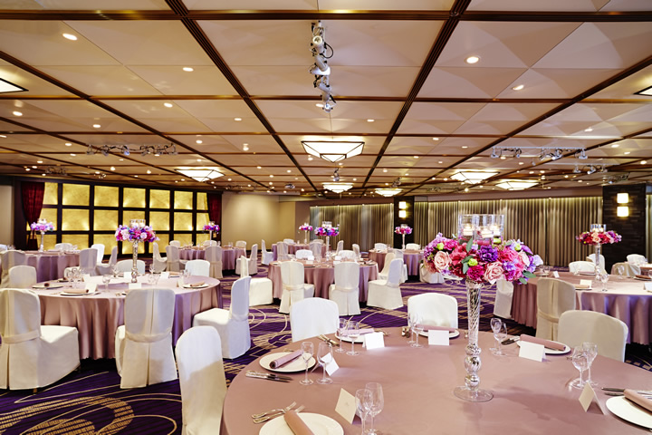 Kiri - Banquet Style (Round Table)