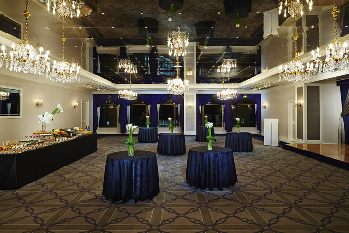 Crown Room - Buffet Party Style